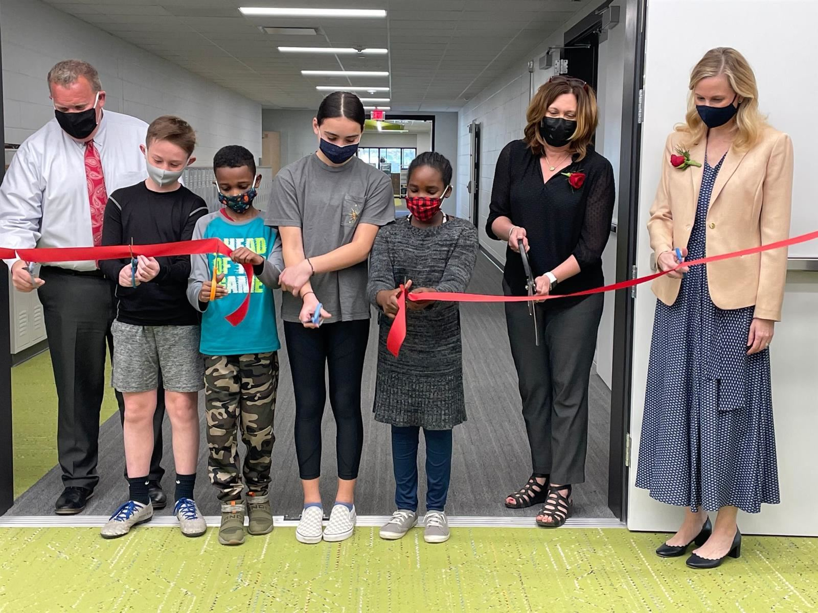 April 6, 2021 | Prairie Lane Elementary Opens to Families